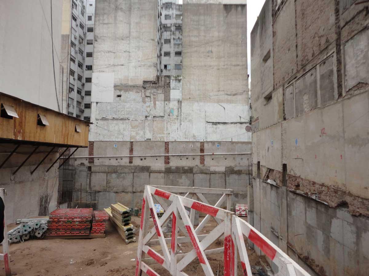 Obras en el edificio de Uruguay 722 inconclusa por problemas burocraticos